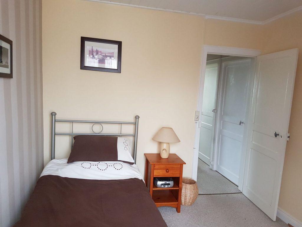 Single bedroom
