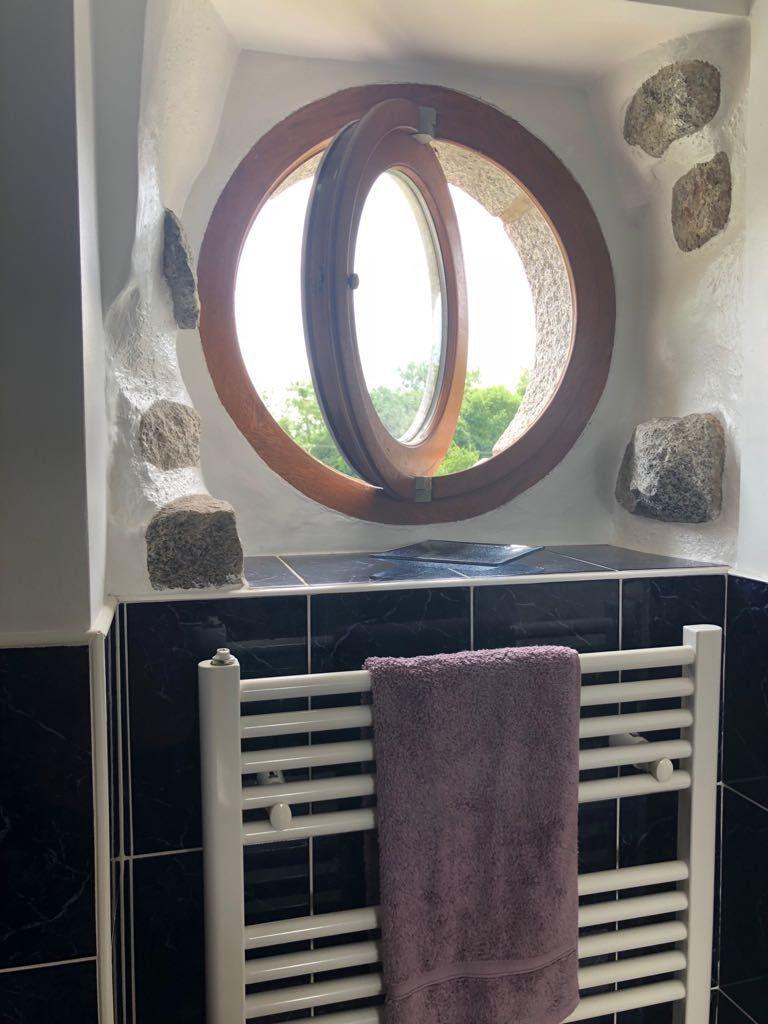 En-Suite bath room in master bedroom